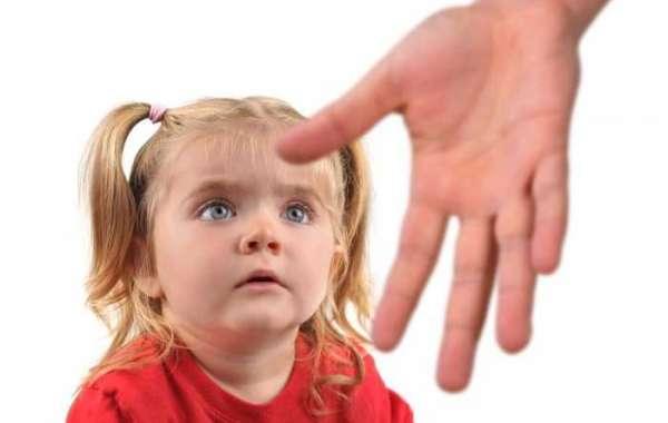 သင့်ကလေးငယ်ကို လိင်ပိုင်းဆိုင်ရာစော်ကားမှုမခံရစေဖို့ ကာကွယ်နိုင်မယ့်နည်းလမ်းများ